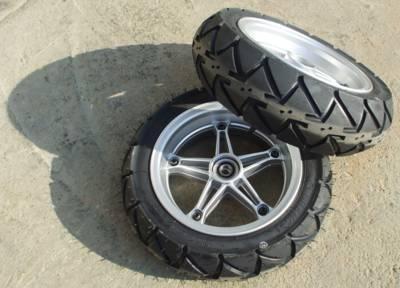 """גלגלים לקלנועית """"13"""